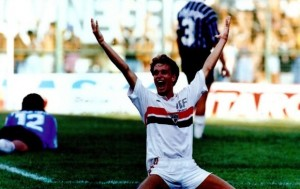Jamelli comemora o gol do título da Copa SP de 93