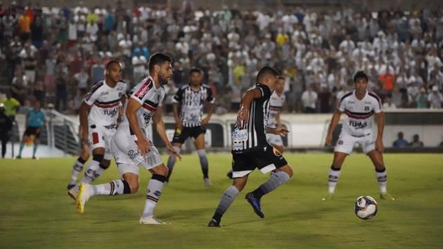 CAMPEONATO BRASILEIRO DA SÉRIE C. TERCEIRA RODADA. GRUPO A. SANTA CRUZ-PE. BOTAFOGO-PB.