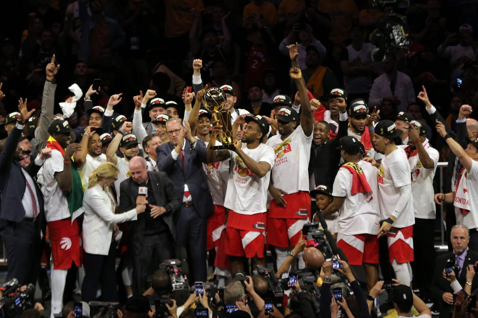 NBA. FINAL. SEXTO JOGO. TORONTO RAPTORES. CAMPEÃO. PRIMEIRA VEZ. GOLDEN STATE WARRIONS. VICE-CAMPEÃO.