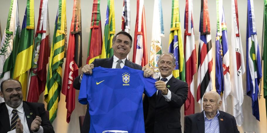 CONFEDERAÇÃO BRASILEIRA DE FUTEBOL. CBF. DIA NACIONAL DO FUTEBOL.